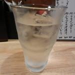 とりで - 麦焼酎(情け嶋の水割り)