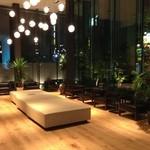 JR九州ホテル ブラッサム新宿 - ロビー