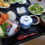 和食 すずき - 海鮮丼ランチ(1,000円)