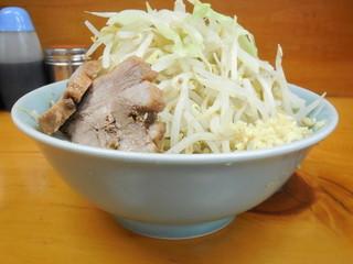 ラーメン二郎 新橋店 - ラーメン+野菜ニンニク