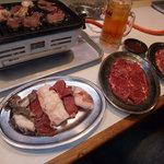 焼肉 カワシマ - お肉各種です。