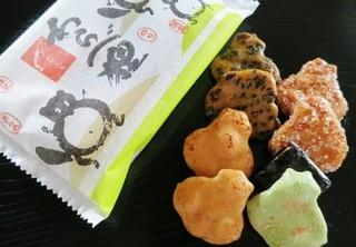 たぬき煎餅 - 小さな狸型のお煎餅☆