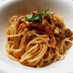 ブォーナ フォルトゥーナ - 料理写真:きのことツナのトマトソース