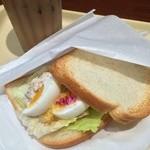 ドトールコーヒーショップ - Bモーニング:ツナ玉子 390円