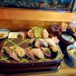 宝来寿司 - 食事風景。