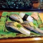 宝来寿司 - 追加4貫。