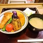 39837012 - 野菜ヒレカツ丼セット