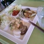 モグモグ - 料理写真:野菜もりもり