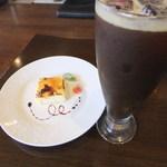 黒毛和牛とお好み焼き 鉄板家Act - カタラーナ&アイスコーヒー
