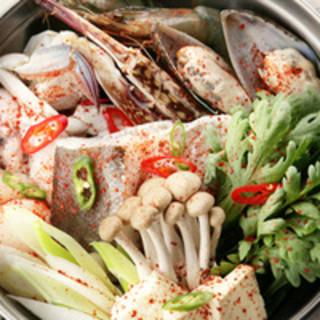 本格焼酎も、韓国焼酎のご用意もございます!是非お試しください。