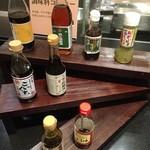 美浜 - 自家製豆富用に醤油がたくさん。