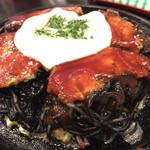 ○△□焼 函館 冨紗家 大門店 - え?富紗家が函館にあるの?イカスミモダン食べに行ったんだけど、一口目なんか、ナポリタンの味がしたよ。