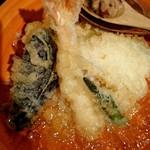 串天ぷら 段々屋 - 焼き味噌つき冷やし天丼
