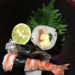 39843756 - 蕎麦寿司、巻物・鳥貝・エビ、すだち添え