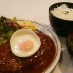 キッチン ダイシン - ハンバーグステーキ840円  定食セット630円