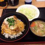39846546 - ミニカツ丼セット421円(2015.07)