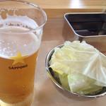 マサ トラ - お約束のビール&キャベツ