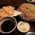 蕎麦処 多賀 - 桜海老天せいろ。二枚重ね2000円。