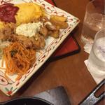 洋食 浅草軒 - なかなか出て来ないぬるい料理