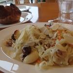小倉 匠のパスタ ラ・パペリーナ - 豆のサラダ