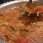 デコボコ - トマトもつ鍋♡