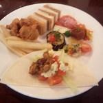 ハイアット リージェンシー 福岡 レストラン ル・カフェ - 3皿目 楽しくなってしまい、ピンボケです~