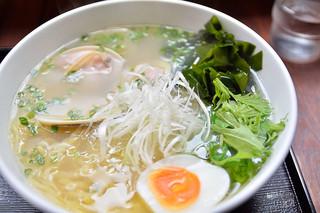 麺屋海神 吉祥寺店 - あら炊き はまぐりらぁめん 1030円