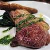 モレスク - 料理写真:骨付き仔羊とメルゲーズソーセージのソテー、ちぢみホウレン草のソテー