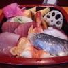 伊豆鮨 - 料理写真:ランチちらし\800