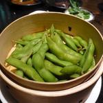 楽や - 蒸し枝豆(ひと手間に感謝!)