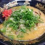 一竜 - 味噌豚骨ラーメン バリカタ 730円