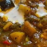 マタタビ - 違う日の豚軟骨と旬野菜のビンダルー部