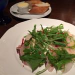 ビストロ テソロン ウナ ベッコ - 鯛のカルパッチョ。ほんのり醤油 美味