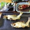 美濃観光ヤナ - 料理写真:本日は「鮎づくし」3,600円 のコースを頂きます。お料理は、前菜三種盛り、活鮎刺身、活鮎塩焼き(2匹)、活鮎田楽、活鮎フライ、鮎雑炊、香物 です。