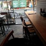 Sajilo Cafe - 店内の雰囲気