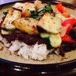 スペキエ - 野菜とチーズのキーマカレー