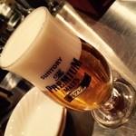 39884326 - 超達人の注ぐビールは美しい!