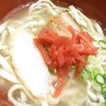 ナンクルナイサ きばいやんせ - 沖縄蕎麦 鹿児島県産黒豚の角煮