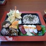 三徳寿し - 料理写真:寿司定食