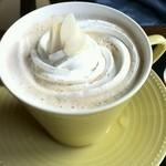 39891982 - アーモンドミルクコーヒー660円