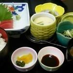 和食つかさ - ランチの刺身定食780円