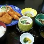 Washokutsukasa - 海老・魚(マグロ)フライ定食800円