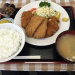 食堂 愛津屋 - ミックス定食!! 美味い‼️