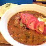 万屋マイキー  - ほぐしチキンとほうれん草のスープカレー