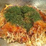 広島風お好み焼き おたふく - お好み焼き(肉玉 そば入り)