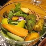 南青山野菜基地 - 基地サラダ2