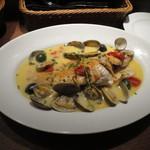 Osteria da K.[kappa]  - 鮮魚丸ごと1本アクアパッツァ