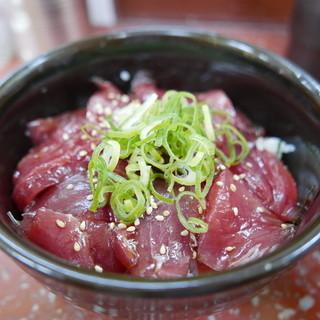 じャりんこ食堂 - まぐろ漬け丼(700円)