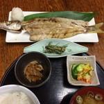 よし乃 - かますの干物定食 ¥880-                                今が旬!上品なお魚でした。
