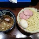 煮干中華そば鈴蘭 - つけ麺 煮卵  880円